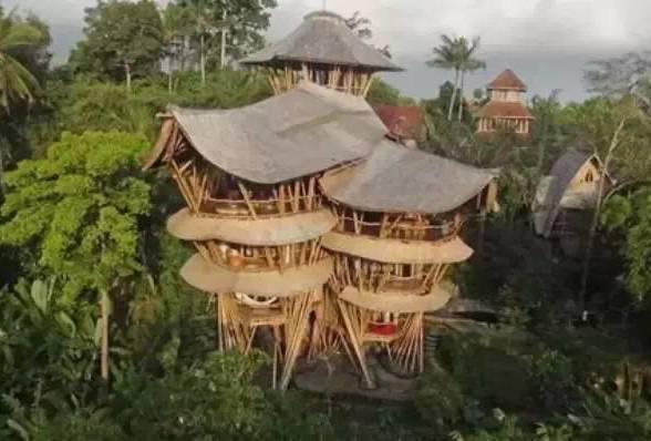 她辞职去巴厘岛,建了一座全球最奢侈的房子!
