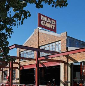 南非约翰内斯堡Mad Giant啤酒屋