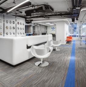 运动品牌阿迪达斯设计办公室