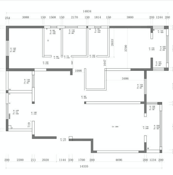一套四室二厅二卫一个衣帽间,建筑面积约160平米的多层洋房